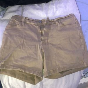 Kaki shorts brand new never worn